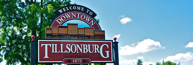 welcome to downtown Tillsonburg sign